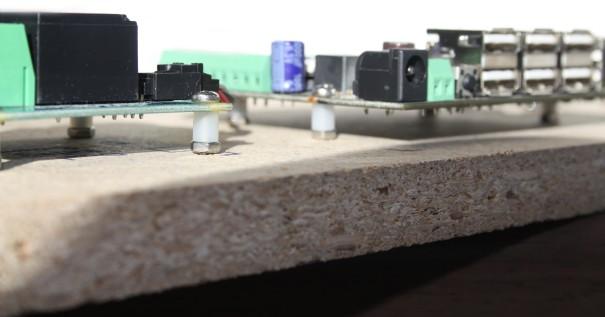 sensorpanel-standoff1